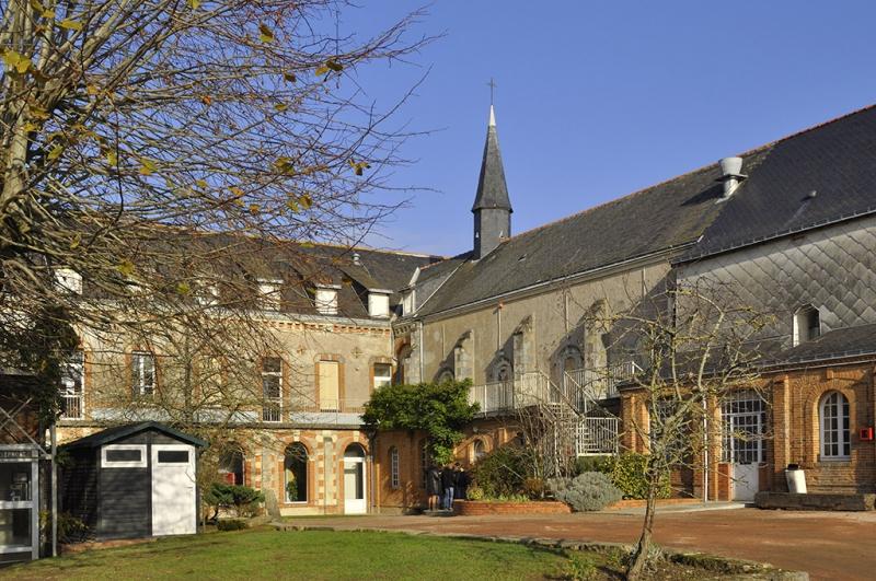 Lycée Robert d'Arbrissel